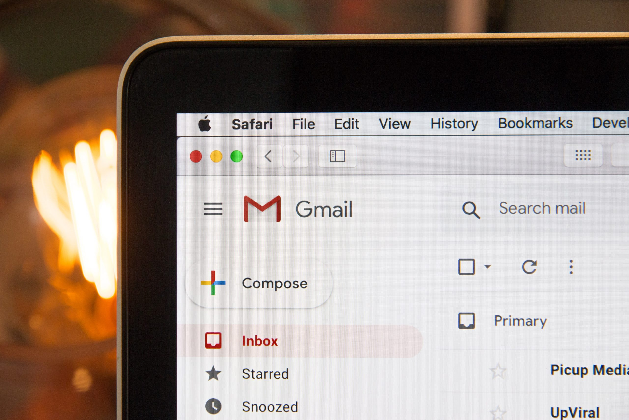 How to write a formal (or informal) email in Italian